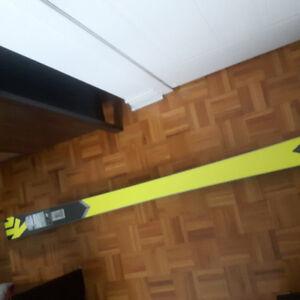 Ski K2 sight *neuf*