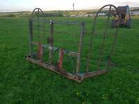 Tractor three point linkage or front loader square bale squeeze lifter