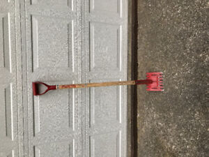 Red Ripper Roofers Spade