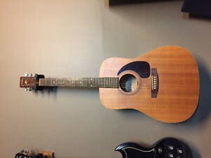 Art & Lutherie acoustic guitar