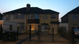 HALL GREEN 6 BEDROOM HOUSE TO LET TO RENT GOOD FAMILY SIZE PAVED DRIVE GATED