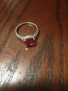 Size 6 ruby ring