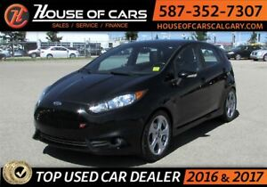 2015 Ford Fiesta ST / Sunroof / Bluetooth