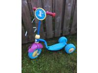 Free Peppa Pig scooter- front wheel guard broken but working fine
