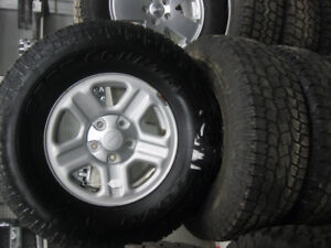 jeep wrangler 16`` wheels and tire