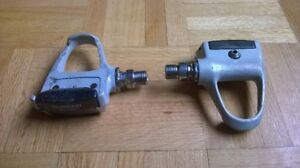 Clipless Shimano Pedals PD-7401