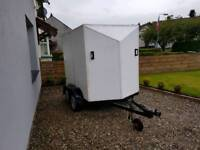 Twin axle box trailer