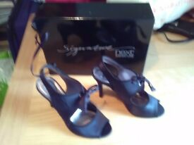 Ladies black velvet shoes from Next, Excellent Condition , only worn a few times, great style.