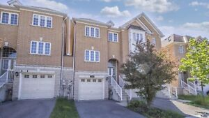 Beautiful house available for rent Mississauga/Heaetland