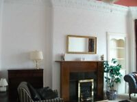 An attractive 2 bedroom flat, exceptoinaly beautiful furnishings at West End,285, Blackness Road.