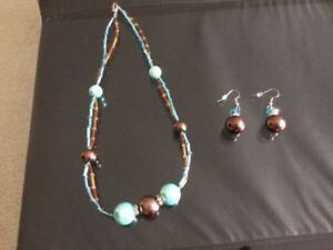 Beautiful Necklace & Pair of Earrings