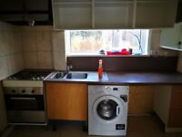 No Admin Fees & Close to UWE Frenchay Campus///4 BEDROOMs student house/// offered furnished.