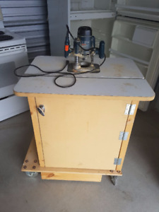 ROUTER with table on wheels 100.00, delivery available