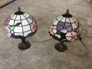 Stained glass style bedside table lamps
