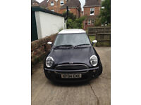 My sisters Mini Cooper 2004 runs and looks great years MOT