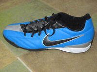 Nike Astro Boots Size 11