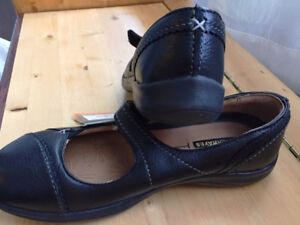 Women Shoes Denver Hayes (Black, Genuine Leather, New, Size 8)