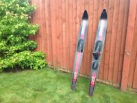 O'Brien Celebrity Combo water skis.