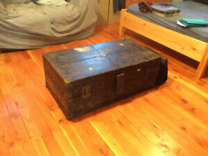 Steamer Trunk/ coffee table