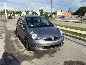 2008 Honda Fit runs and drives great low kms $3800 firm