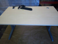 Office Table 1400mm x 800mm Approx