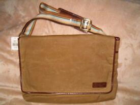 Original Penguin Munsingwear Taup Canvas Messenger Bag, NEW, Rare treasure!!!