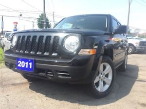 2011 Jeep Patriot North edition / 83950 kms/ 4x4 / sunroof