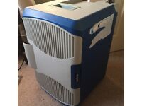 Halford 12v cooler / Mini fridge 240socket or 12 volt in car