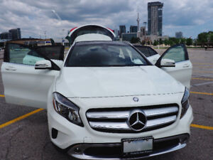 2015 Mercedes-Benz GLA 250 4matic - Barely Used