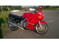 Kawasaki ZZR600 lovely bike 150mph Recent MOT Thousands spent cheap insurance