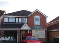 4-5 double bed rooms Detached house