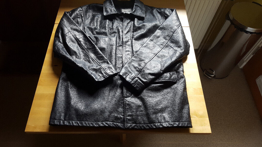 Mens black leather Jacket size L XL Great Condition. Only8in Gilmerton, EdinburghGumtree - Mens black leather jacket from The Keenan Leather Company size L XL, may also be ok for a size M. Great condition. Hardly worn. Non smoking household. Collection only. £8