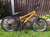 Boys Apollo Stomp bike