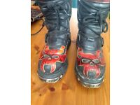 Loved (Used) New-Rock Boots - Size 6