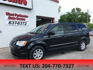 2010 Chrysler Town & Country -