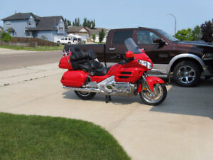 superb 2004 Goldwing GL800 for sale by owner