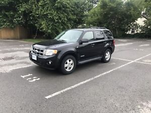 2008 Ford Escape AWD *LOW KM* + Safety/Etest