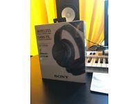Sony Headphones - Wireless / Noise Cancelling