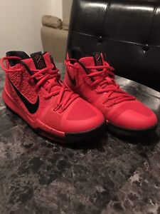 Basketball shoes: Kyrie Irving