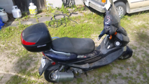 Kymco 150 scooter