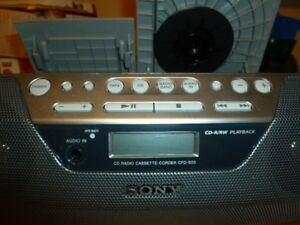 Sony SFD SO5 CD/Cassette Player With Rewright RRW Battery Cord