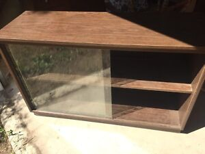 Cabinet with one sliding glass door