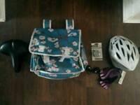 Ladies bicycle accessories set