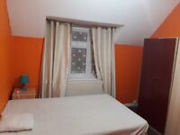 Double sized room for a single person in Goodmayes Chadwell Heath area