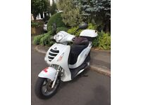 Honda ps 125cc 2009 low mileage new m.o.t