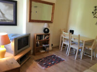 Large furnished single bedroom in shared house, central Ipswich - all bills & cleaner included