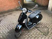 Vespa 300 gts black only 2165 miles new mot