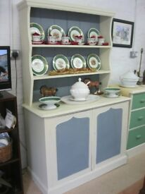 VINTAGE SOLID PINE ORNATE 'WELSH DRESSER' TOP DETACHABLE. VIEWING/DELIVERY AVAILABLE