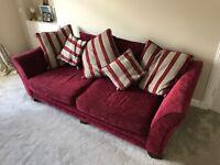 4 Seater Sofa & Cuddle Chair