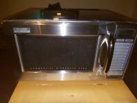 Sharp R-21ATP microwave oven. 1000w. BRAND NEW